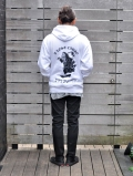 A  LOST CAUSE PULLOVER PARKA WHITE