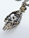 COD53 SKULL HAND NECKLACE