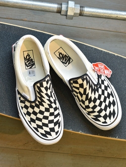 "VANS USA企画限定 ""TWISTED LAST"" Pack SLIP-ON"